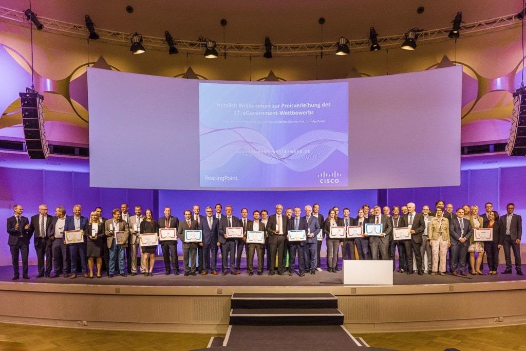 """Projekt """"Virtual und Augmented Reality im Hamburger Hafen"""" gewinnt Preis"""